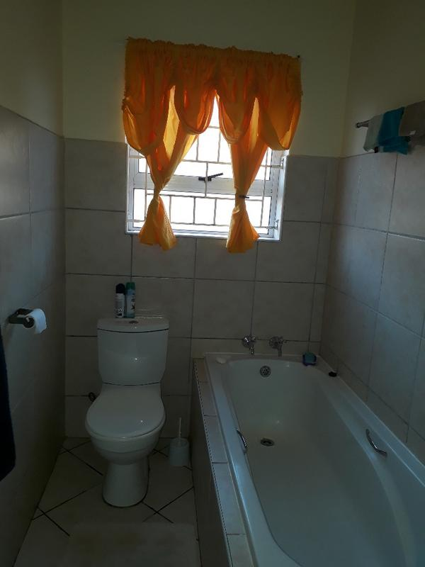 Property For Rent in Strand, Strand 6